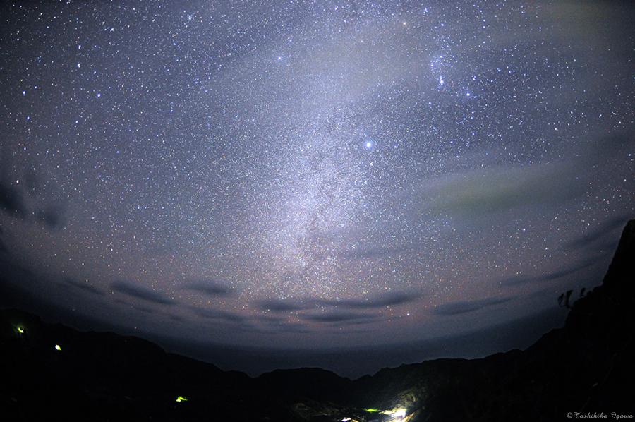 NAVER まとめ日本でも最高級の星空が広がる場所!東京都・青ヶ島の夜が神秘的。